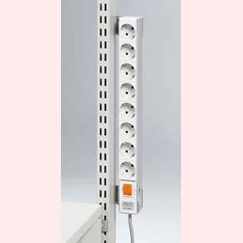 Траверса электропитания, 440 мм (8 розеток + выключатель)